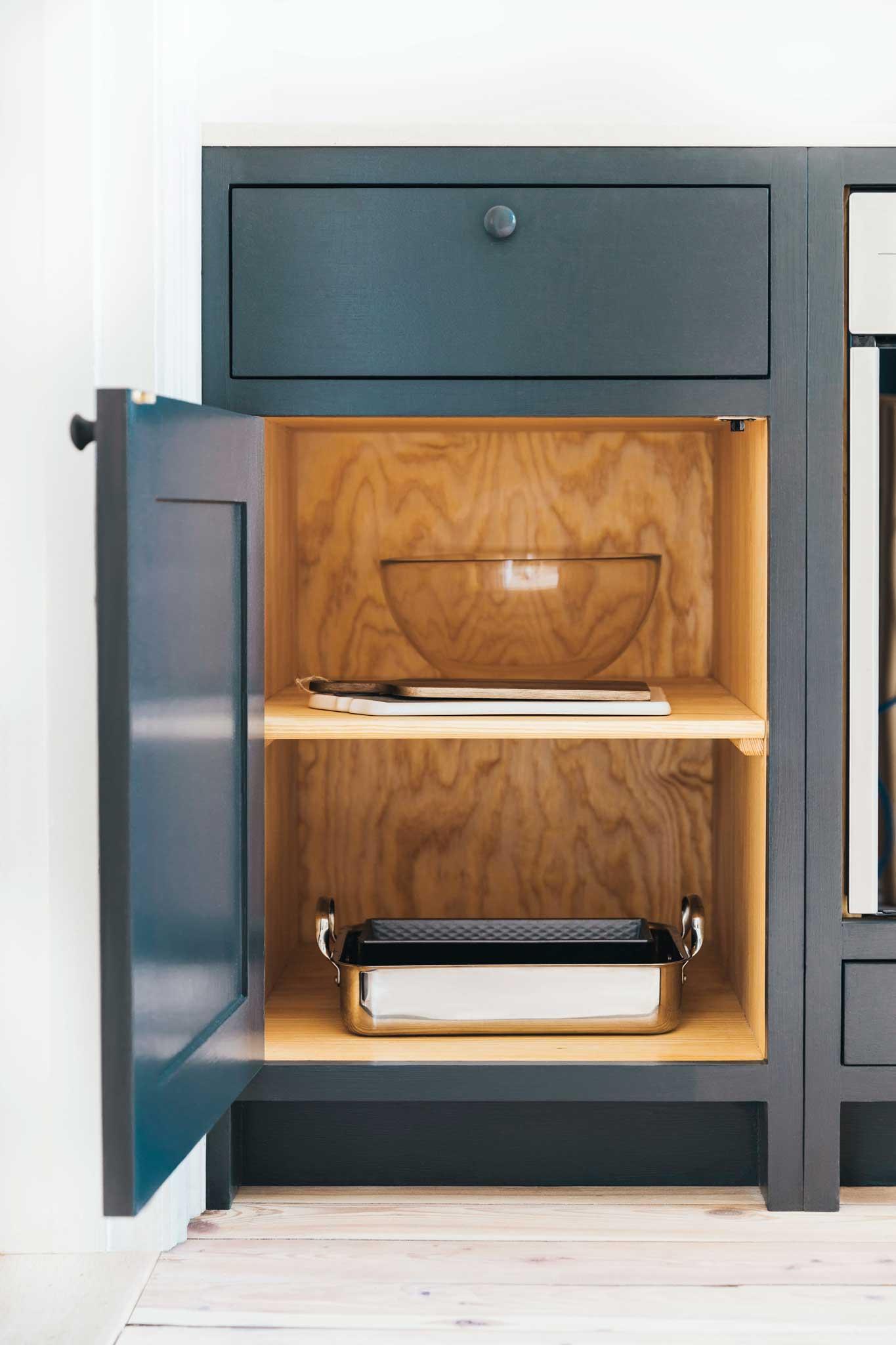 Dark blue Scandinavian Shaker Kitchen Cupboard