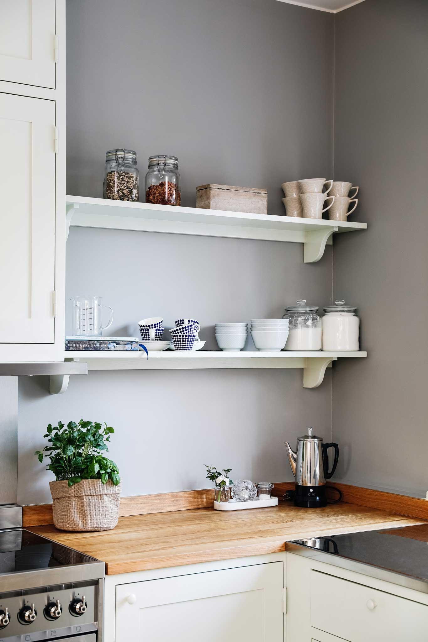 Light green Scandinavian Shaker Kitchen